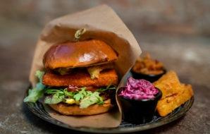 drugie dno, burger, warszawa, vege burger, wege burger, vegan burger, Warszawa, pub